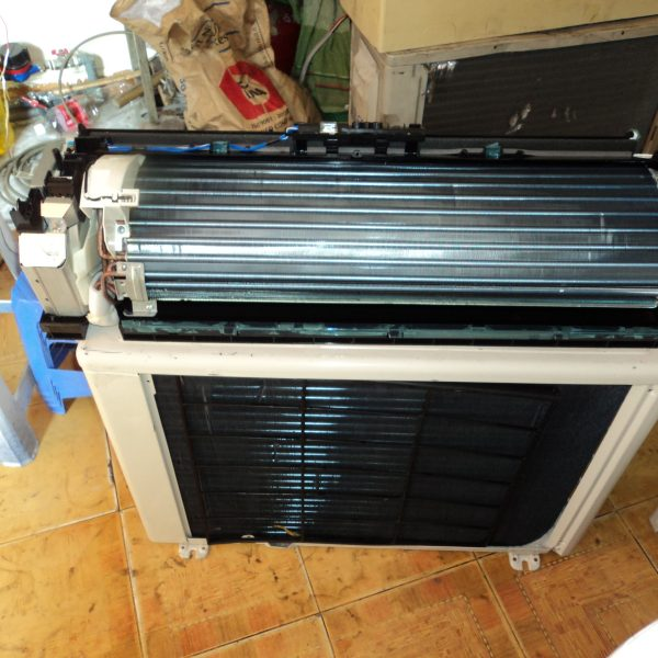 may-lanh-cu-toshiba-inverter-gia-re
